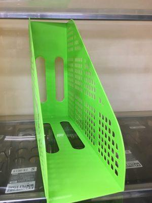 100均「ダイソー」のファイルボックス緑