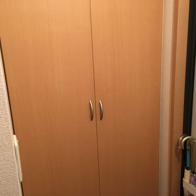 100均グッズで簡単にできる!なくしやすいカギを玄関に収納する方法